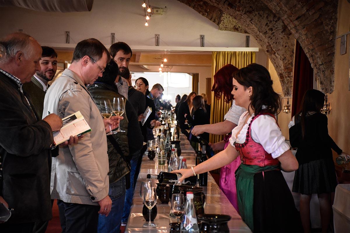 Gamlitz-sperrt-auf-Event-Fruehlingsweinkost-Jack-Coleman-Image-04